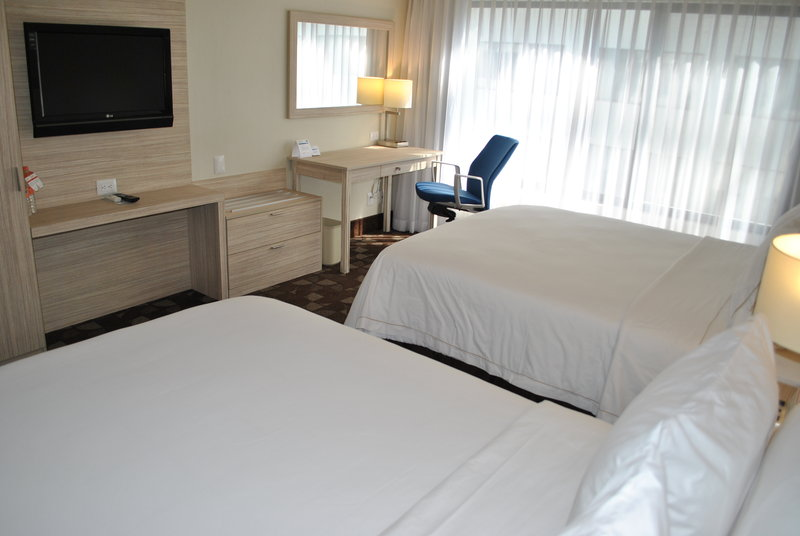 Holiday Inn Express Toluca-Double Bed Guest Room<br/>Image from Leonardo