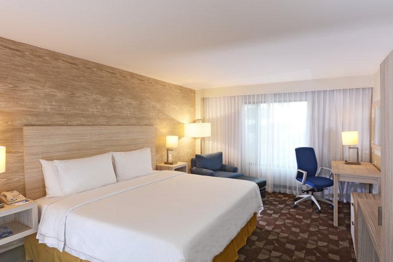 Holiday Inn Express Toluca-King Bed Non Smoking<br/>Image from Leonardo