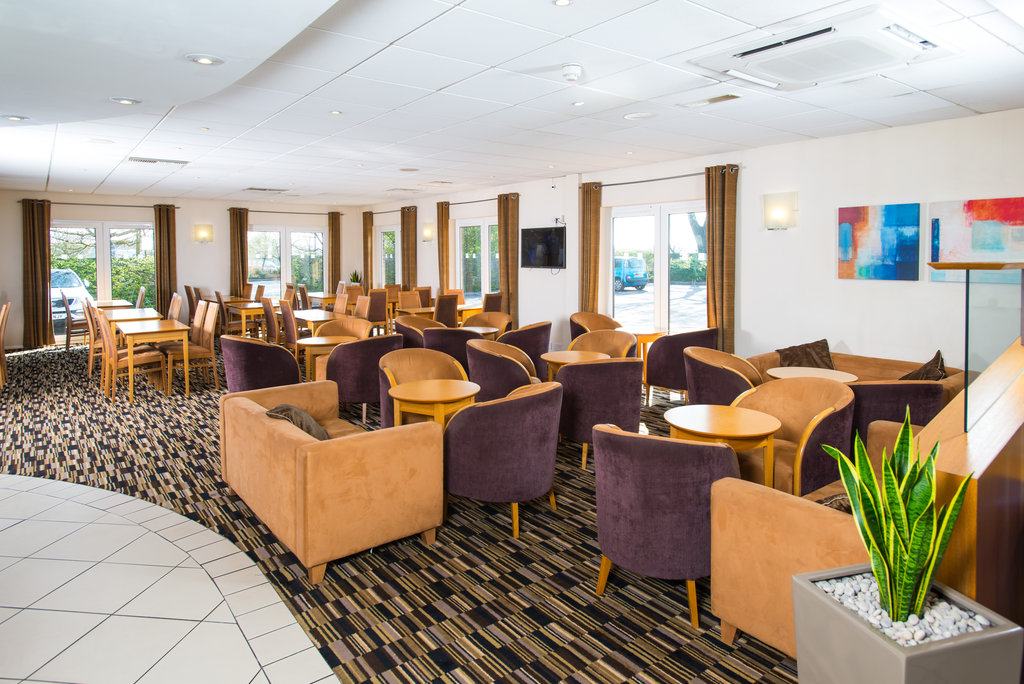 Holiday Inn Express Peterborough-Enjoy your inclusive breakfast in our lounge<br/>Image from Leonardo