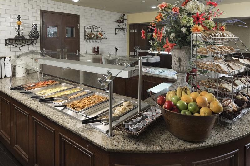 Crowne Plaza Louisville Airport Expo Center-Breakfast Buffet<br/>Image from Leonardo