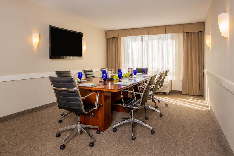 Holiday Inn Columbia East - Jessup-Boardroom<br/>Image from Leonardo