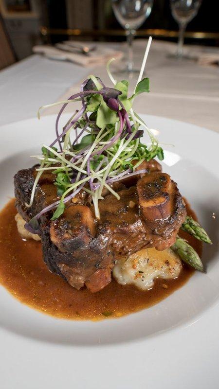 Best Western Fireside Inn-Beef Short Ribs<br/>Image from Leonardo