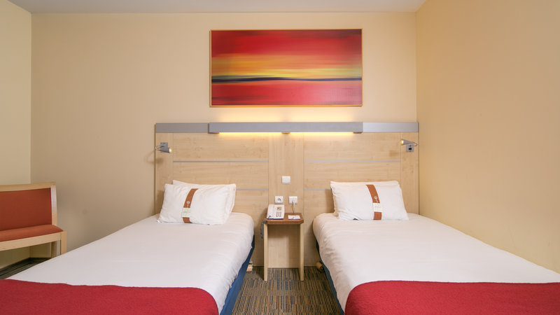 Holiday Inn Express Saint - Nazaire-Standard 2 single beds room<br/>Image from Leonardo