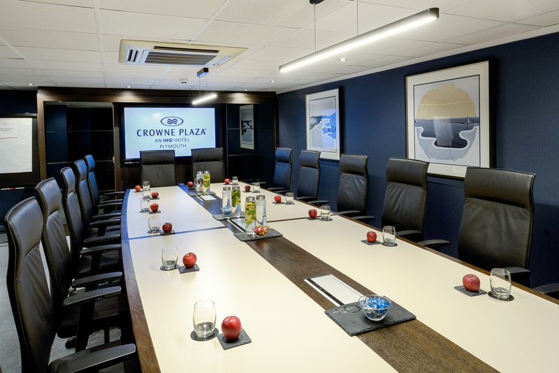 Crowne Plaza Plymouth-Executive Boardroom with state of the art technology<br/>Image from Leonardo