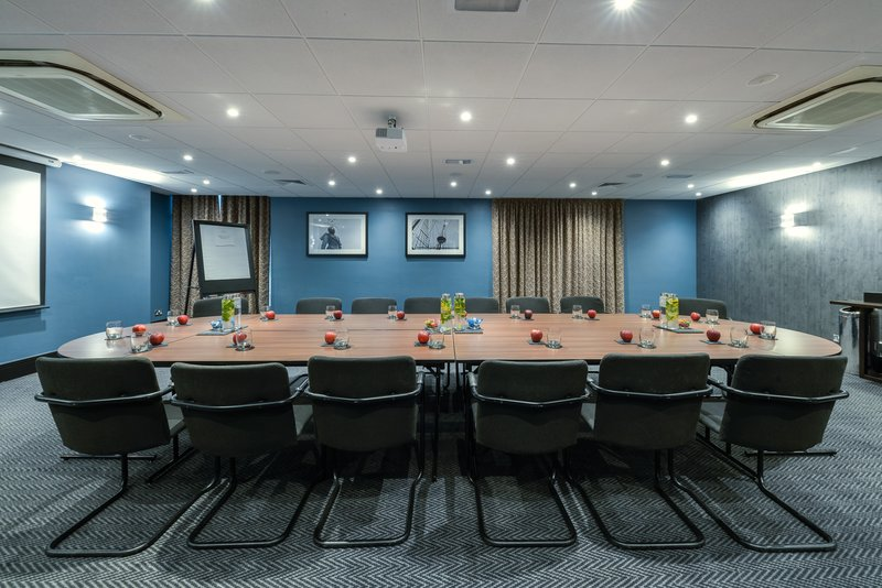 Crowne Plaza Plymouth-The Astor Suite is suitable for meetings and private dining<br/>Image from Leonardo