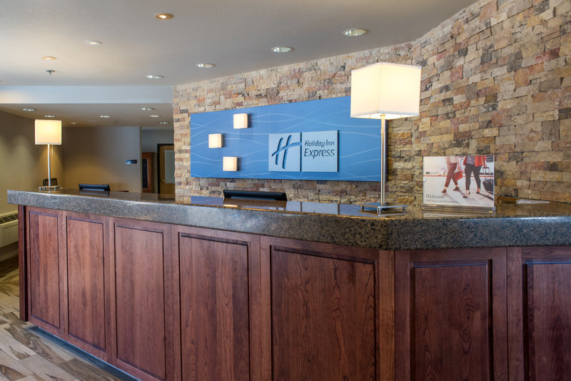 Holiday Inn Express South Lake Tahoe-Front Desk<br/>Image from Leonardo