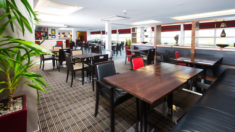 Holiday Inn Express Milton Keynes-Gather with friends in our informal Great Room<br/>Image from Leonardo