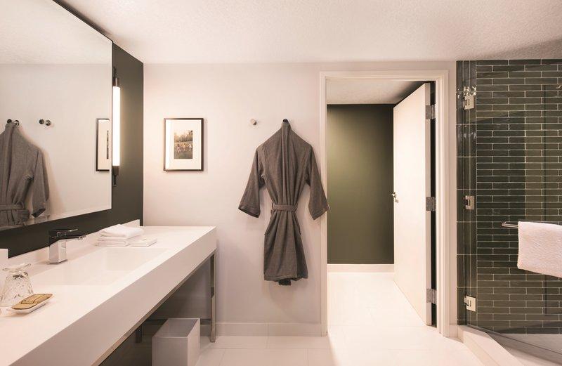 Park MGM Las Vegas - Park MGM Nighthawk Suite Bathroom <br/>Image from Leonardo