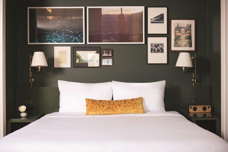 Park MGM Las Vegas - Park MGM Nighthawk Suite Bed <br/>Image from Leonardo
