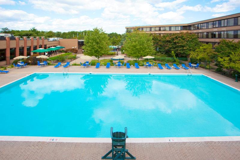 Holiday Inn Solomons-Conf Center & Marina-Swimming Pool<br/>Image from Leonardo