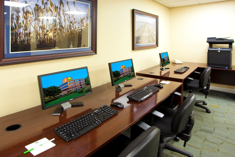 Holiday Inn Solomons-Conf Center & Marina-Business Center<br/>Image from Leonardo