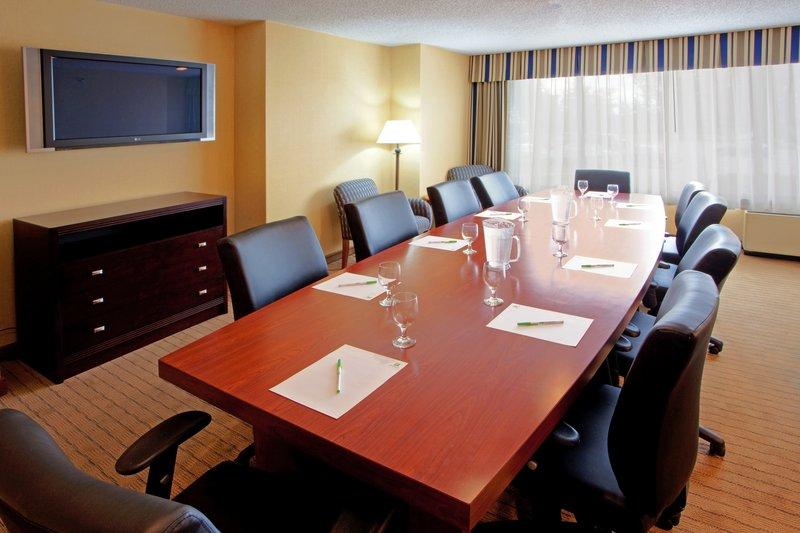 Holiday Inn Solomons-Conf Center & Marina-Boardroom<br/>Image from Leonardo