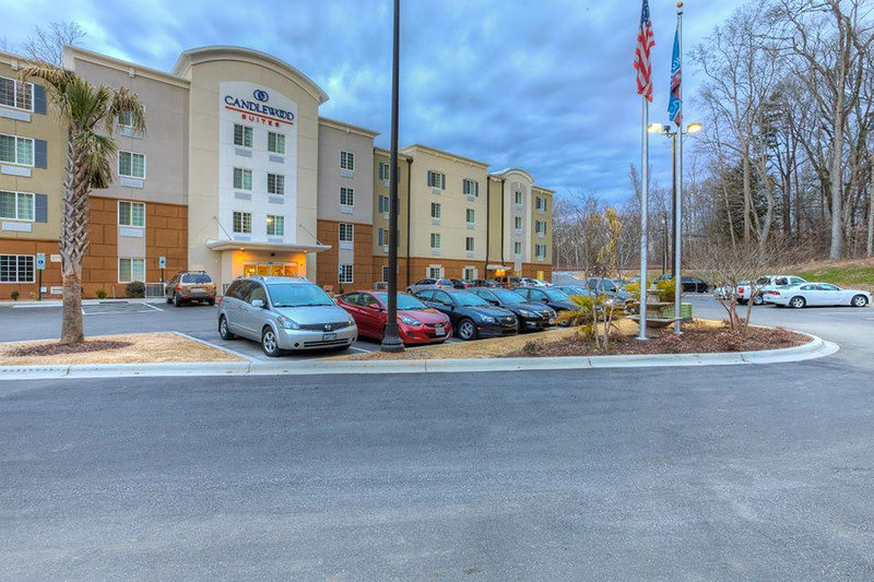 Candlewood Suites Mooresville/Lake Norman-We offer spacious free parking. Conveniently located off I-77<br/>Image from Leonardo