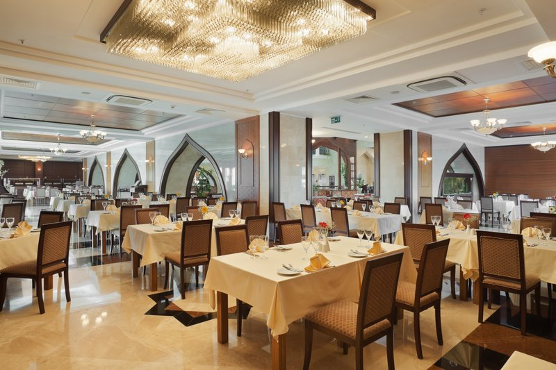 Crowne Plaza Antalya-Crowne Restaurant on a lobby level<br/>Image from Leonardo