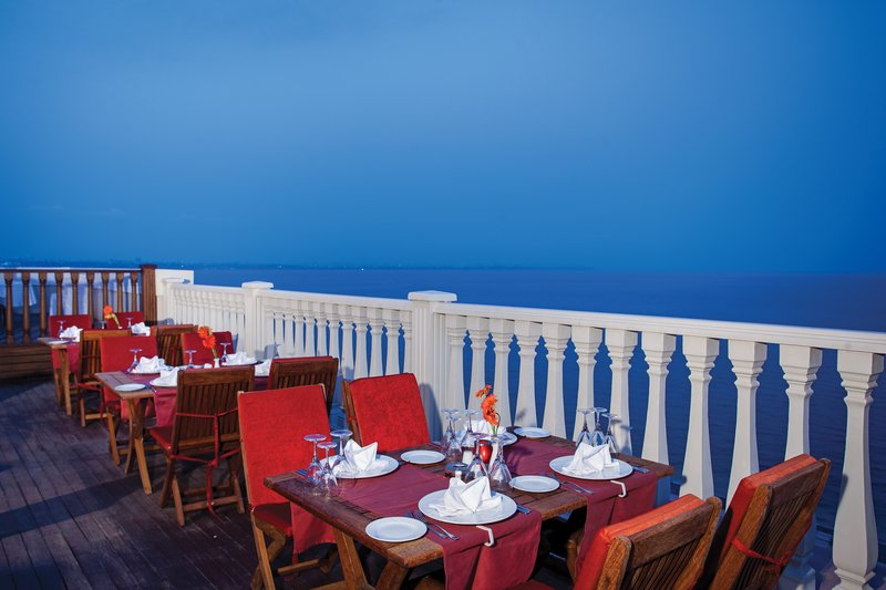 Crowne Plaza Antalya-Restaurant<br/>Image from Leonardo