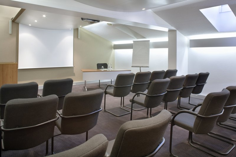 Crowne Plaza Toulouse-Meeting Room 'Amazone' - From 10 to 90 attendees<br/>Image from Leonardo
