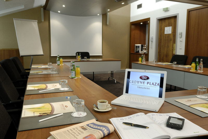 Crowne Plaza Toulouse-Meeting Room 'Mekong' - From 10 to 40 attendees<br/>Image from Leonardo