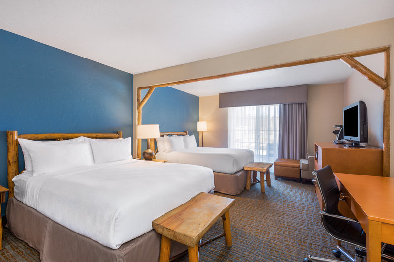 Holiday Inn Resort The Lodge at Big Bear Lake-Double Queen<br/>Image from Leonardo