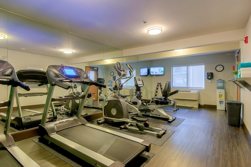 Holiday Inn Express & Suites Carlsbad Beach 4.4/5 | 506 Revi-Fitness Center for corporate and leisure guests<br/>Image from Leonardo
