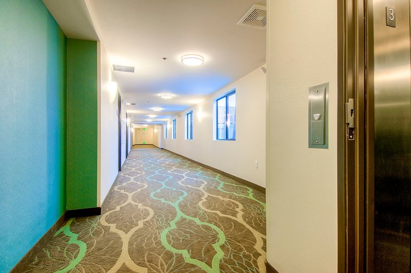 Holiday Inn Express & Suites Carlsbad Beach 4.4/5 | 506 Revi-Hallway<br/>Image from Leonardo