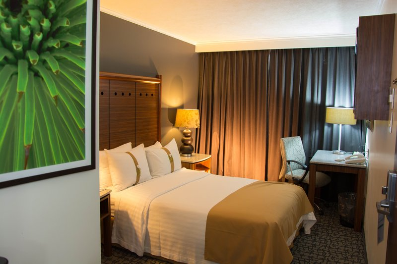 Holiday Inn Ciudad de Mexico-Trade Center-Guest Room<br/>Image from Leonardo