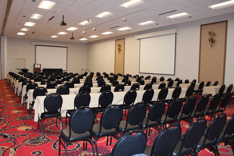 Holiday Inn Des Moines - Airport / Conf Ctr-Meeting Room<br/>Image from Leonardo