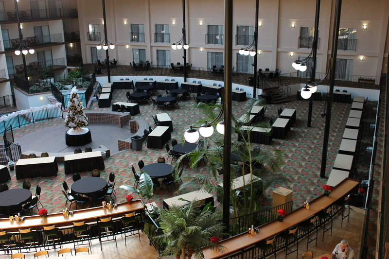 Holiday Inn Des Moines - Airport / Conf Ctr-Courtyard<br/>Image from Leonardo