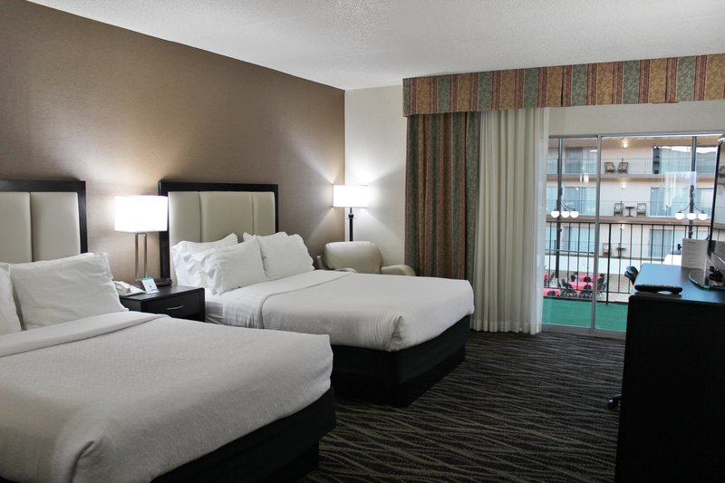 Holiday Inn Des Moines - Airport / Conf Ctr-Guest Room<br/>Image from Leonardo
