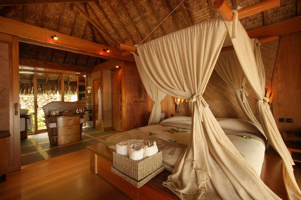 Le Taha'a Island Resort & Spa - Royal Beach Villa <br/>Image from Leonardo