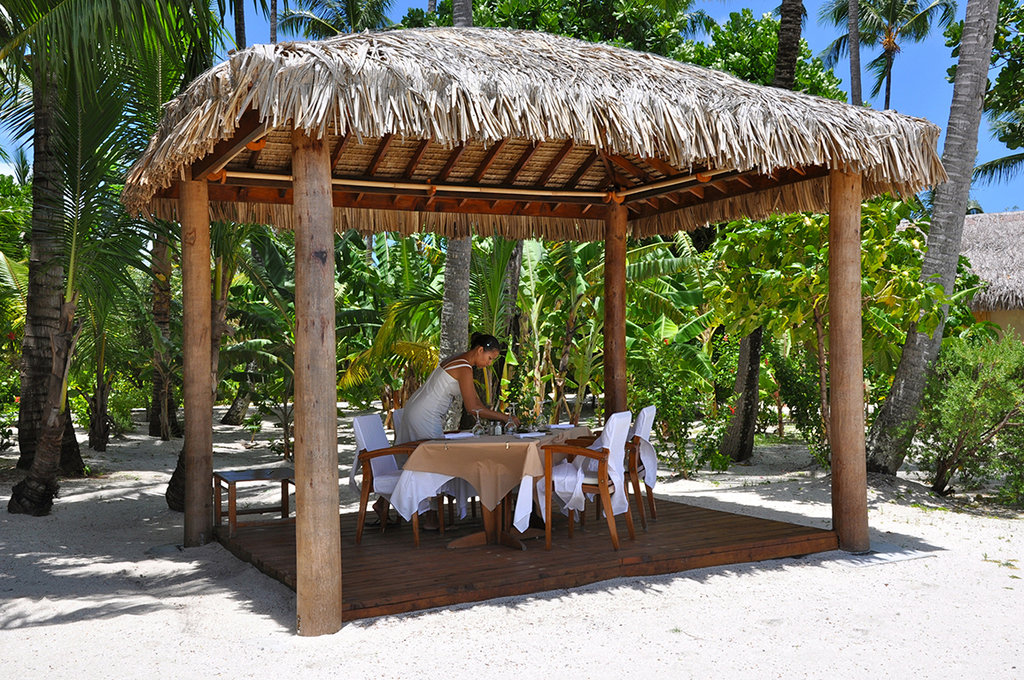 Le Taha'a Island Resort & Spa - Restaurant <br/>Image from Leonardo