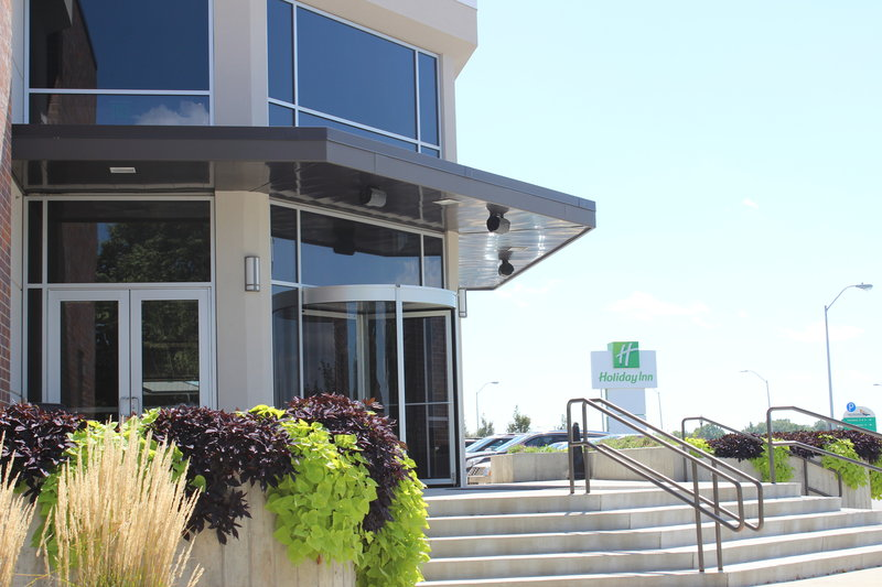 Holiday Inn Des Moines - Airport / Conf Ctr-Exterior Feature<br/>Image from Leonardo