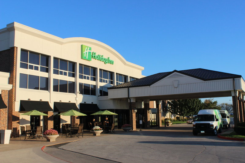 Holiday Inn Des Moines - Airport / Conf Ctr-Entrance<br/>Image from Leonardo