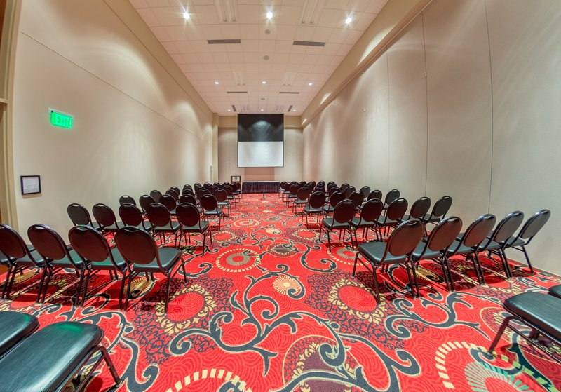 Holiday Inn Des Moines - Airport / Conf Ctr-Convention Center<br/>Image from Leonardo