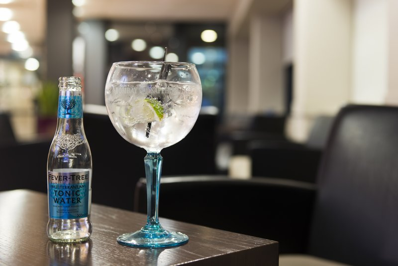 Holiday Inn Express Glasgow - City Centre Riverside-Sip on a crisp and refreshing Bombay & tonic in our lounge bar<br/>Image from Leonardo