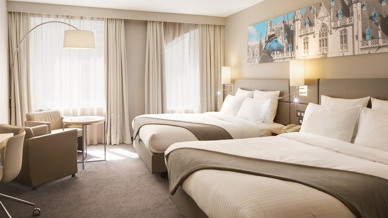 Crowne Plaza Brugge-Double bed guest room<br/>Image from Leonardo