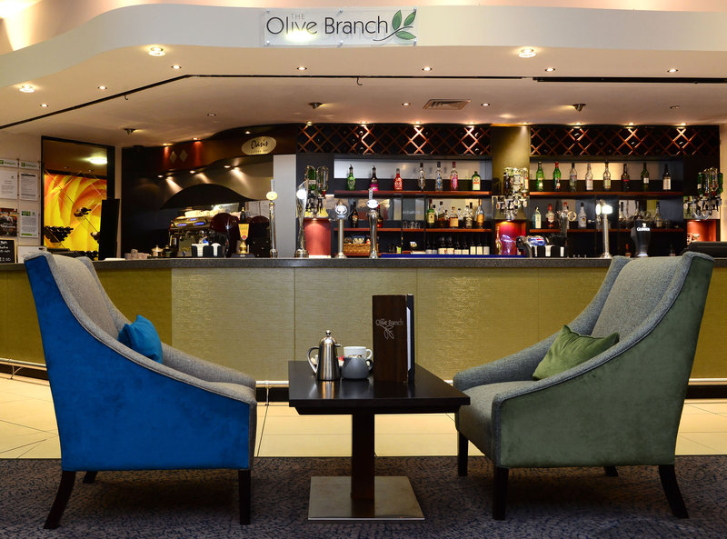 Holiday Inn Telford - Ironbridge-Space to relax and enjoy refreshments<br/>Image from Leonardo