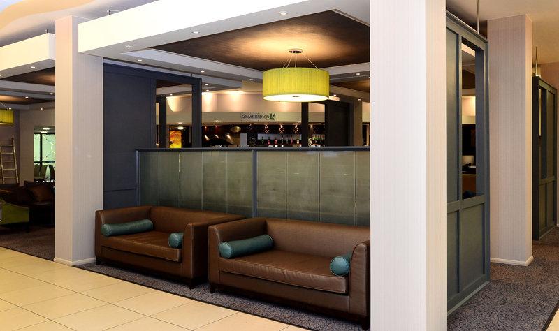 Holiday Inn Telford - Ironbridge-Comfortable seating on arrival<br/>Image from Leonardo