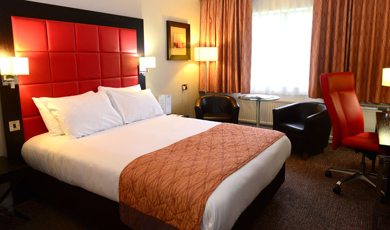 Holiday Inn Telford - Ironbridge-Upgrade your stay to an executive bedroom<br/>Image from Leonardo