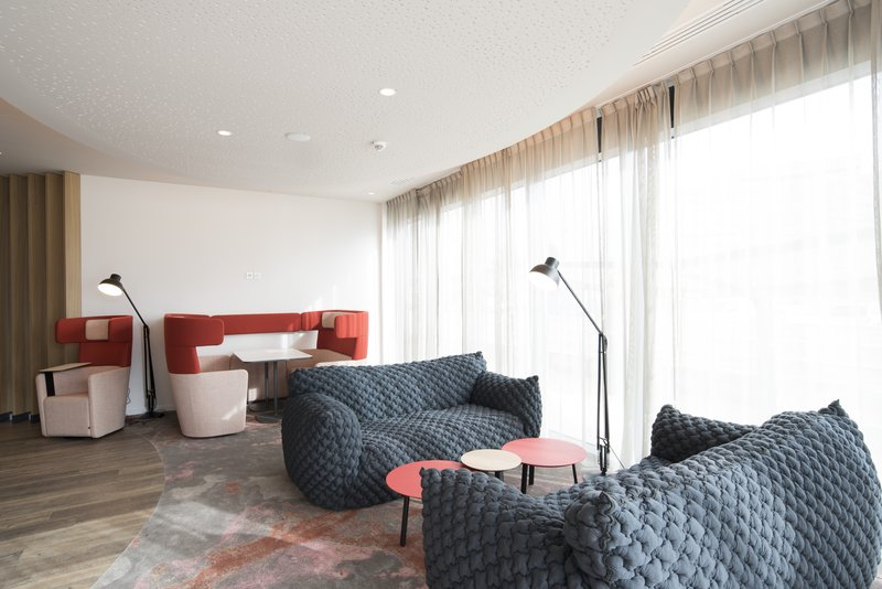 Holiday Inn Express Paris - CDG Airport-Guest Lounge<br/>Image from Leonardo