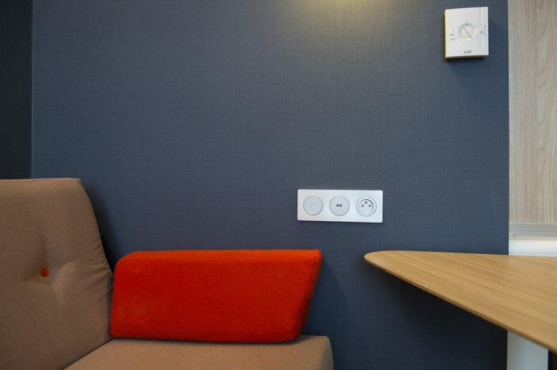 Holiday Inn Express Paris - CDG Airport-Sofa bed<br/>Image from Leonardo