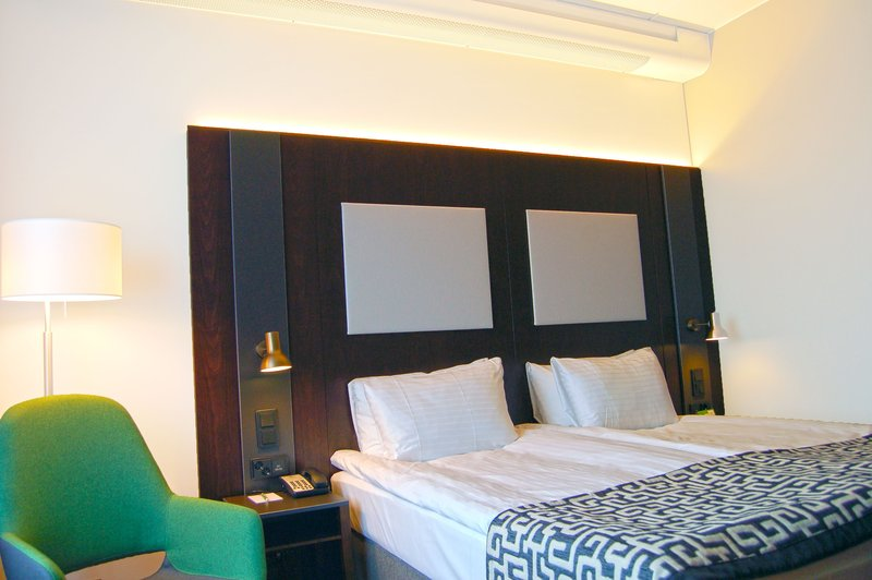 Holiday Inn Helsinki - West -Ruoholahti-Sleep in a Kind size bed and enjoy seaview at our Superior rooms<br/>Image from Leonardo