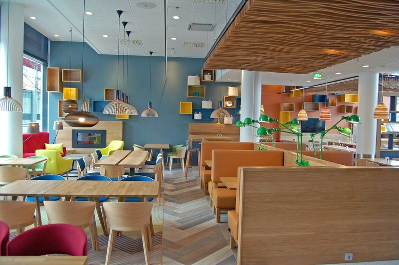 Holiday Inn Helsinki - West -Ruoholahti-Open Lobby - a completely new area where you can relax and enjoy<br/>Image from Leonardo