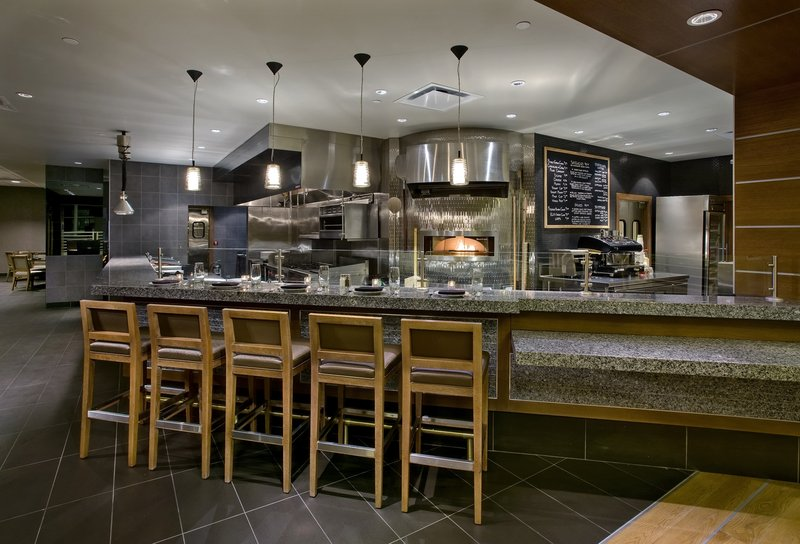 Crowne Plaza Chicago Ohare Hotel & Conference Center-Chicago Fire Oven <br/>Image from Leonardo