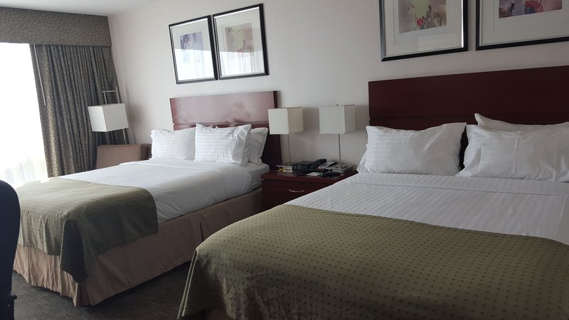 Holiday Inn L.I. City-Manhattan View-These popular rooms with two queen beds are great for families.<br/>Image from Leonardo