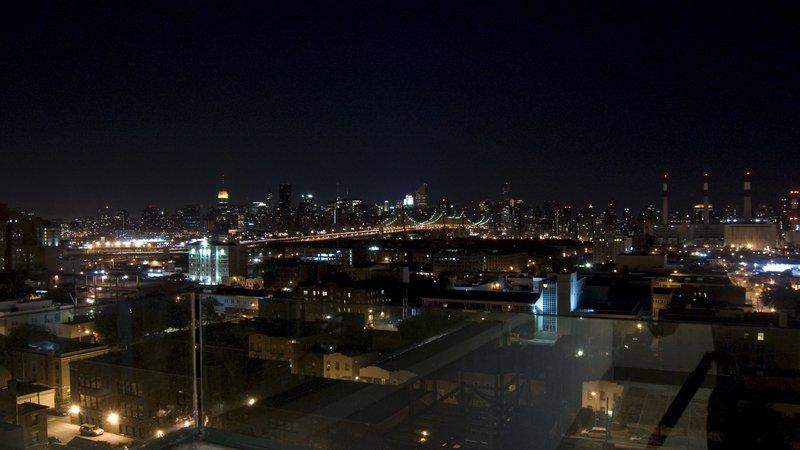 Holiday Inn L.I. City-Manhattan View-Stunning views of Manhattan can be seen from upper floors<br/>Image from Leonardo