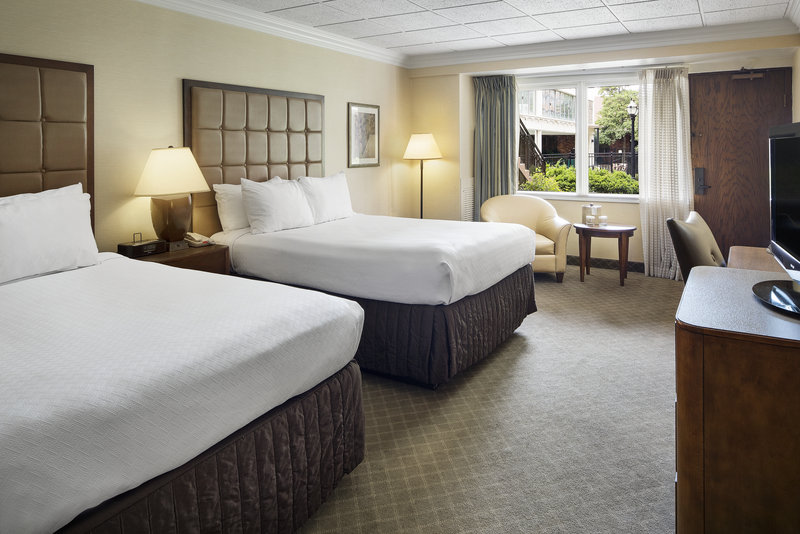 Crowne Plaza Louisville Airport Expo Center-Spacious, modern rooms and attentive service<br/>Image from Leonardo