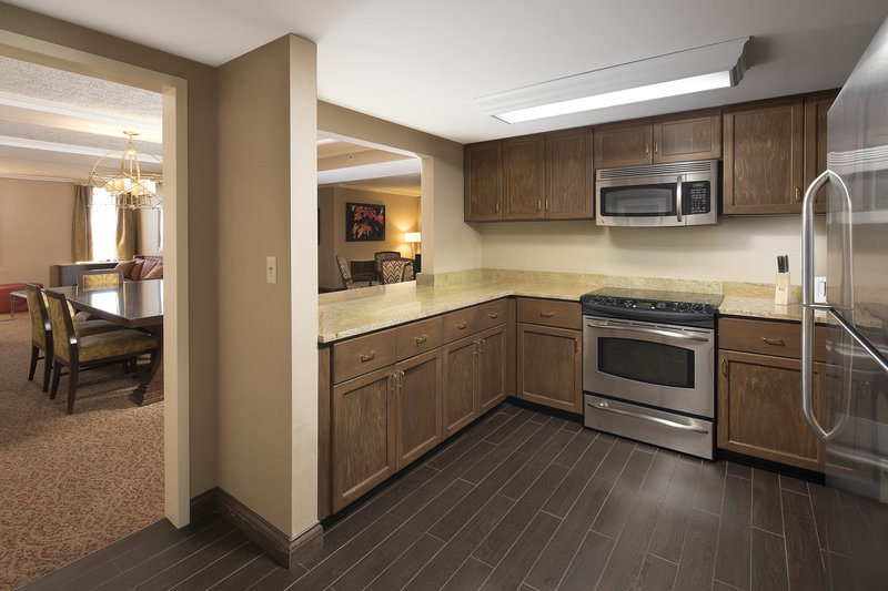 Crowne Plaza Louisville Airport Expo Center-Presidential Suite Kitchen<br/>Image from Leonardo