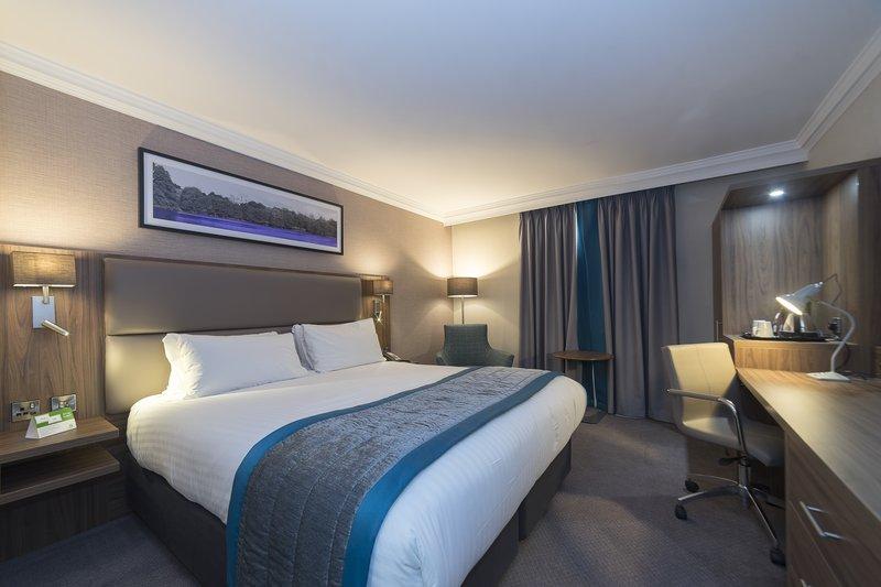 Holiday Inn Nottingham-Newly Refurbished Executive Bedroom<br/>Image from Leonardo