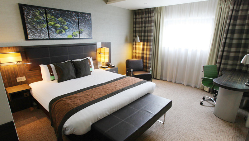 Holiday Inn Reading - M4, Jct. 10-Executive Room at the Holiday Inn Reading M4 Jct10<br/>Image from Leonardo