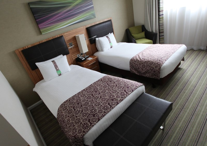 Holiday Inn Reading - M4, Jct. 10-Twin Guest Room<br/>Image from Leonardo